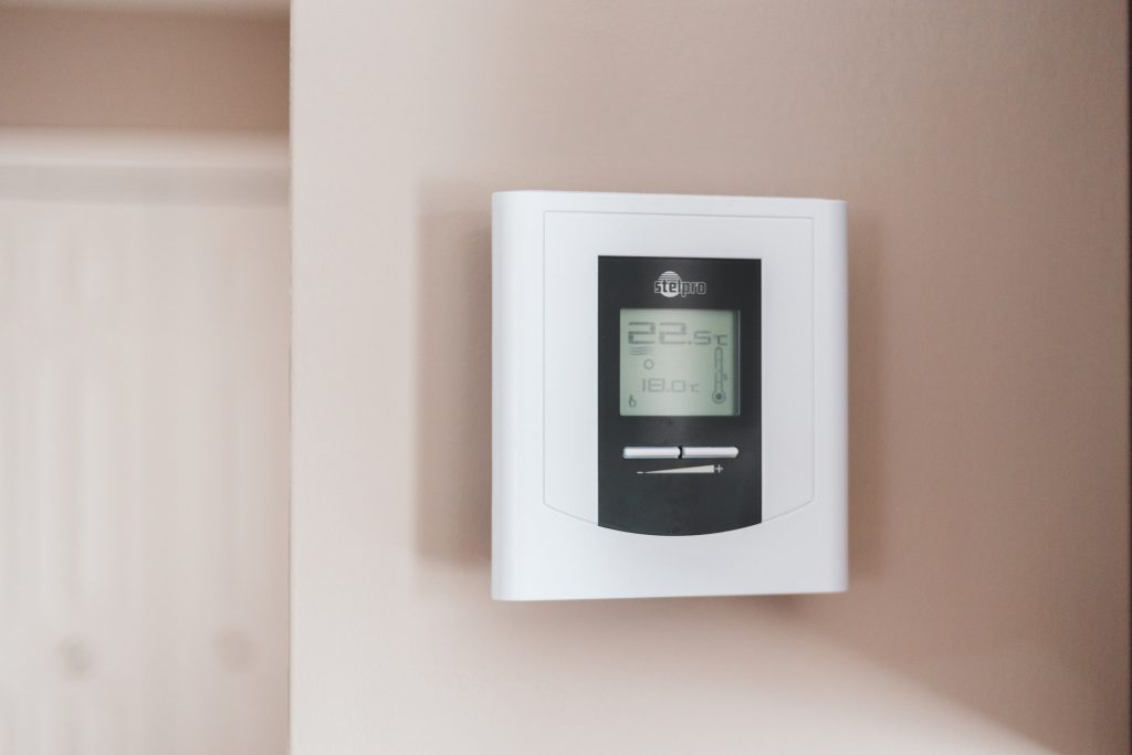 How Much do Smart Thermostats Save Money